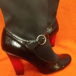 Xoxo Chance Ankle Boot with Red Heel size 9
